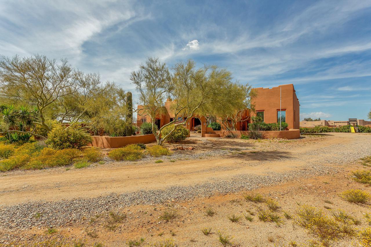 126 Desert Hills Drive - Photo 1