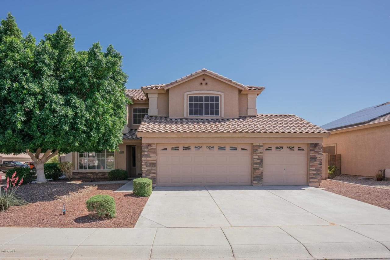 22133 Morning Glory Street - Photo 1