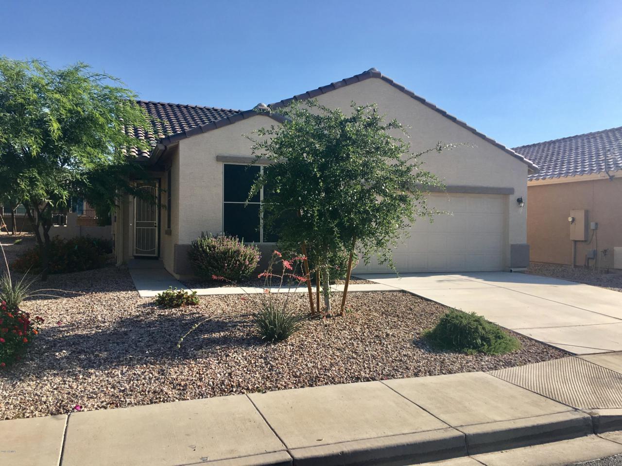 22558 W Moonlight Path, Buckeye, AZ 85326 (MLS #5935867) :: The Kibler Team