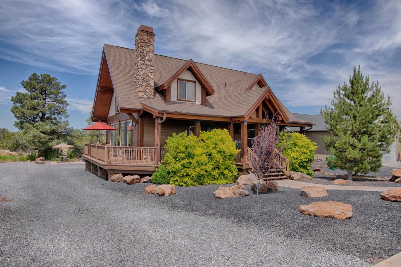 760 Creekside Drive - Photo 1
