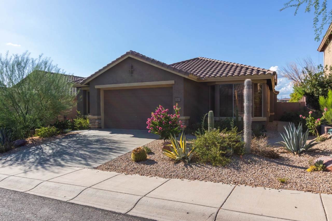 43160 Outer Bank Drive - Photo 1