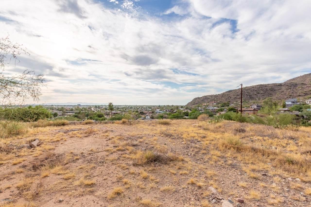 1265 Desert Cove Avenue - Photo 1