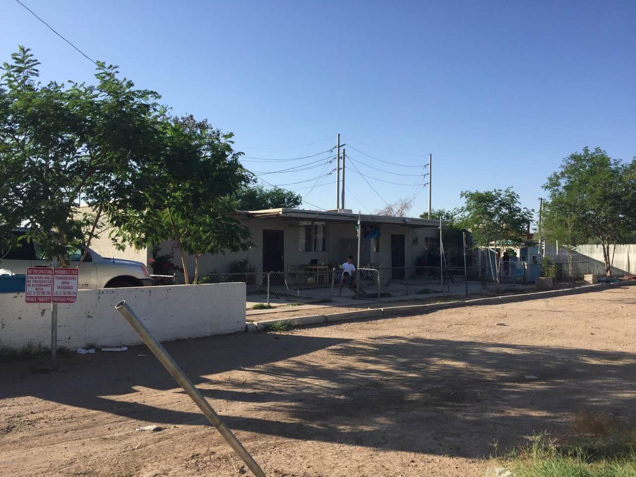 1726 Desert Cove Avenue - Photo 1