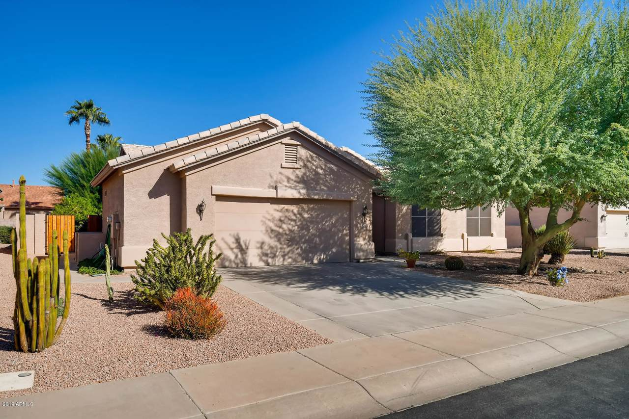 1052 Winged Foot Drive - Photo 1
