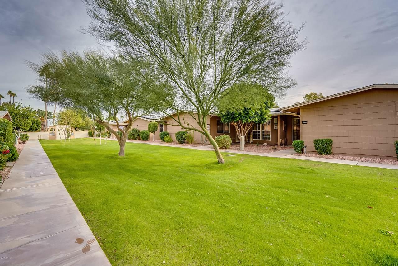 10757 Santa Fe Drive - Photo 1