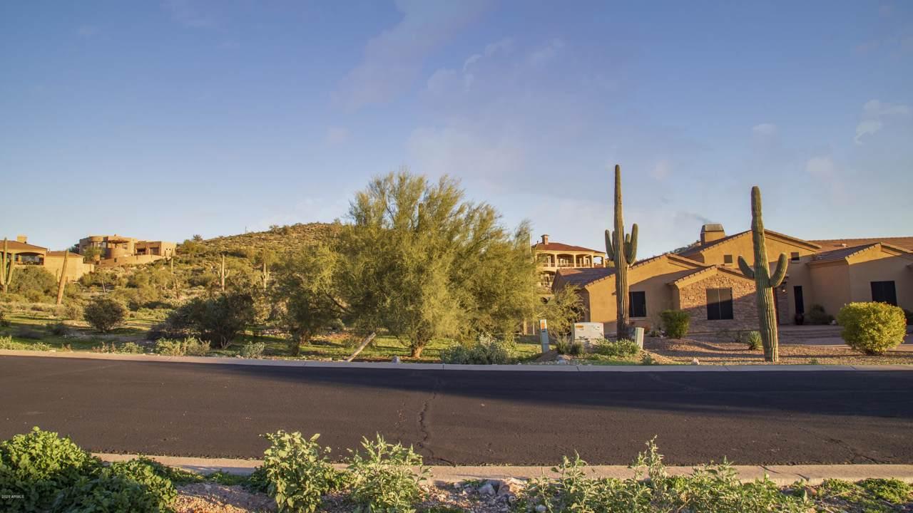 9046 Canyon Creek Drive - Photo 1