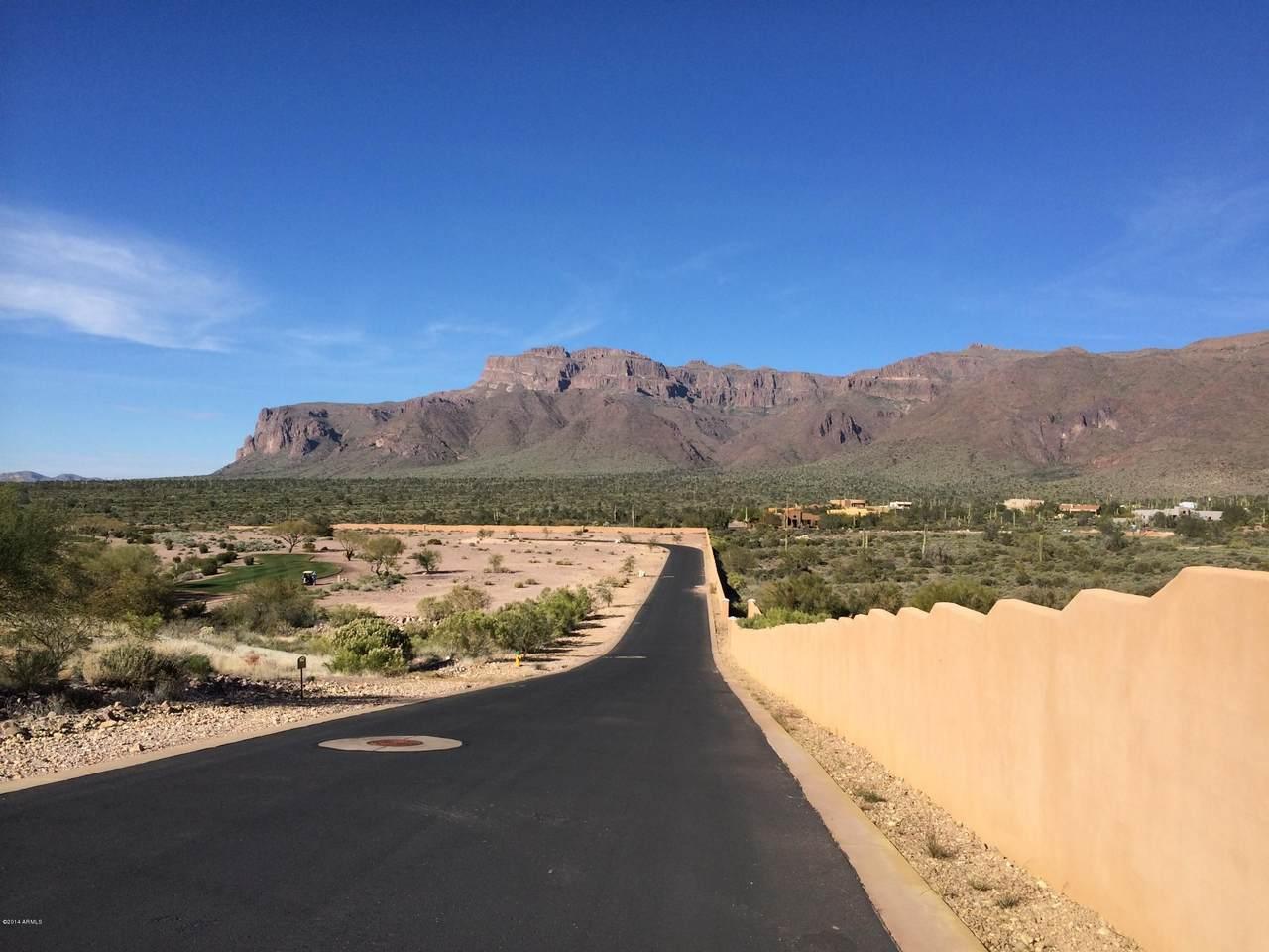 2791 Petroglyph Trail - Photo 1