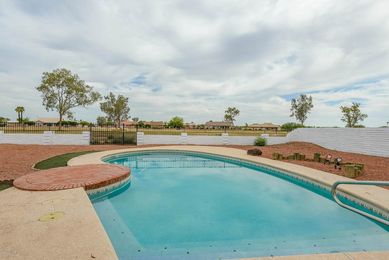 14513 Country Club Drive - Photo 1