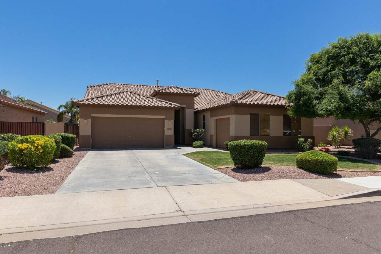7427 Tether Trail - Photo 1