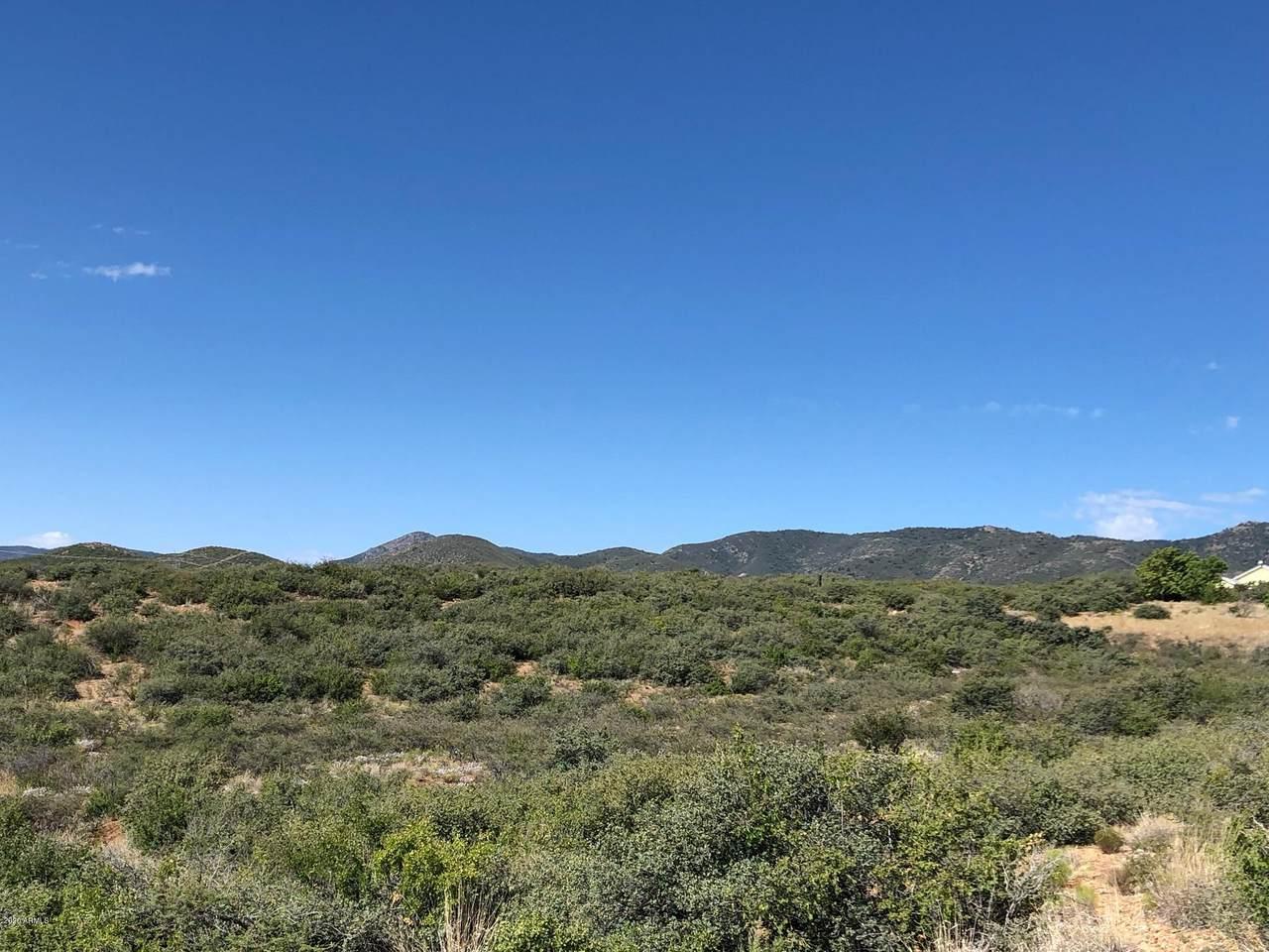10424 Prescott Dells Ranch Road - Photo 1