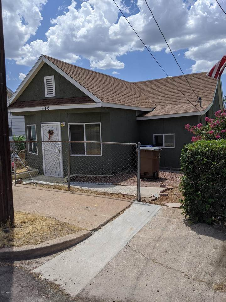 646 Sutherland Street - Photo 1