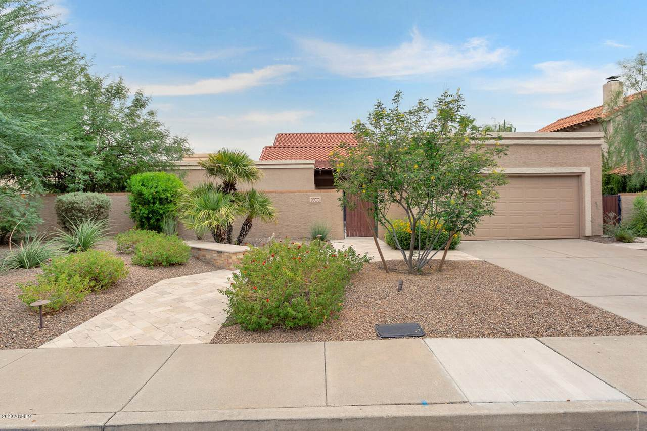10305 Bella Vista Drive - Photo 1