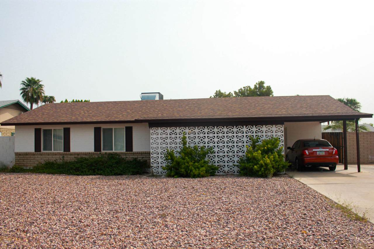 549 Arrowhead Drive - Photo 1