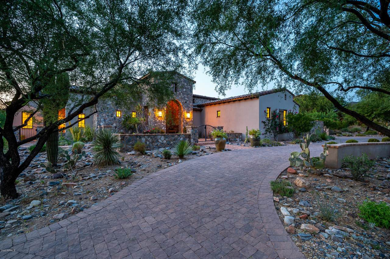 10114 Hualapai Drive - Photo 1