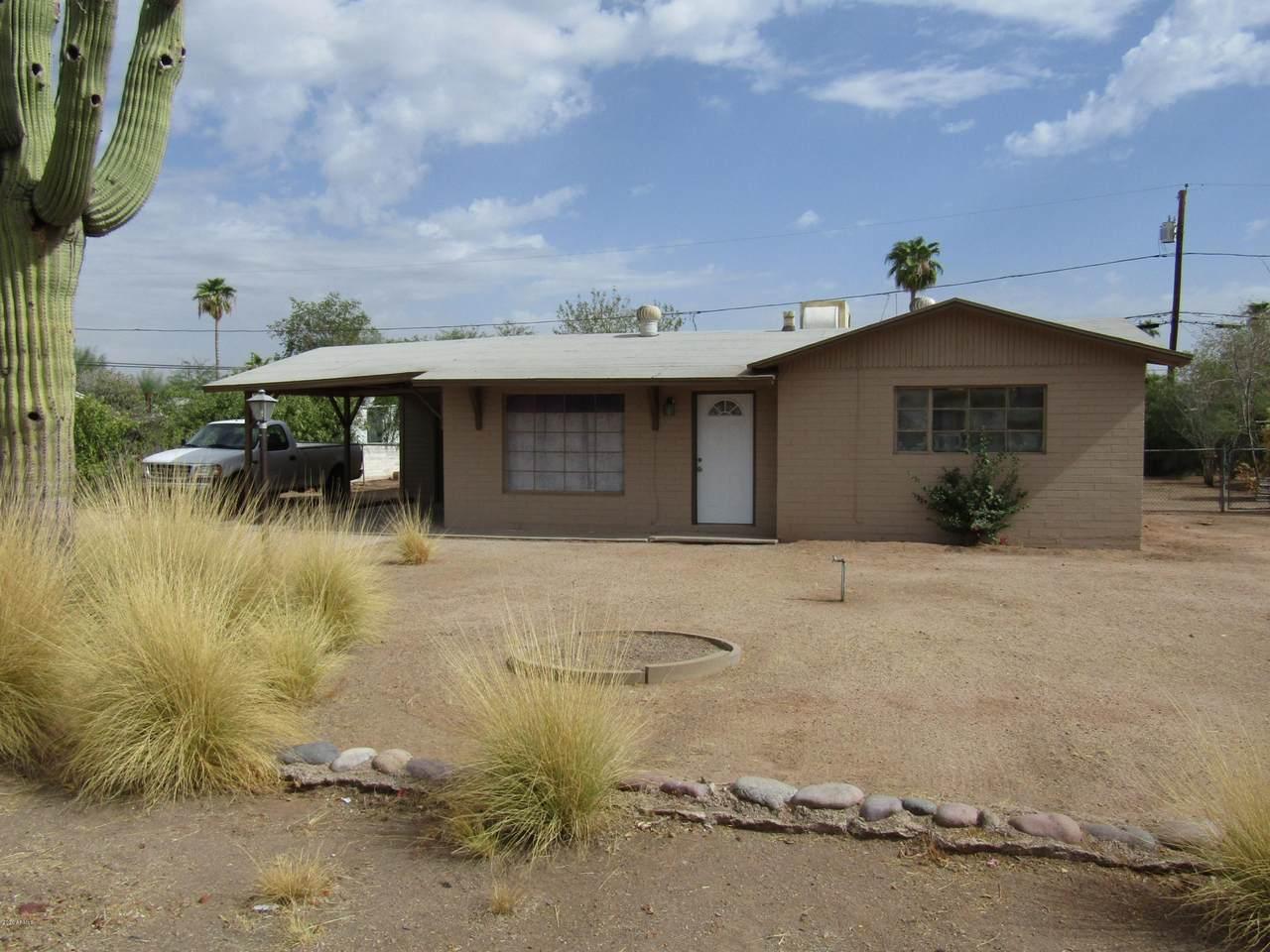 143 Saguaro Drive - Photo 1