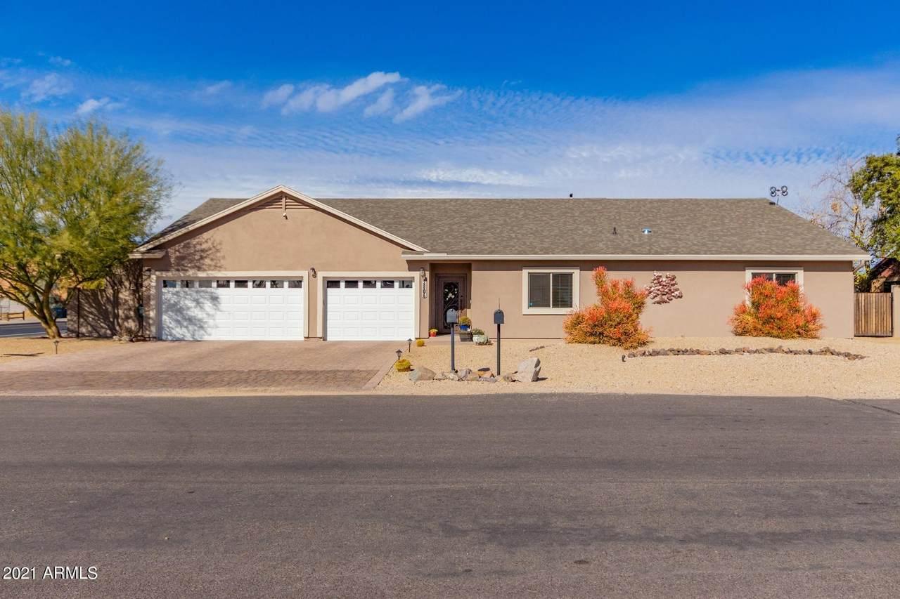 2806 Angela Drive - Photo 1