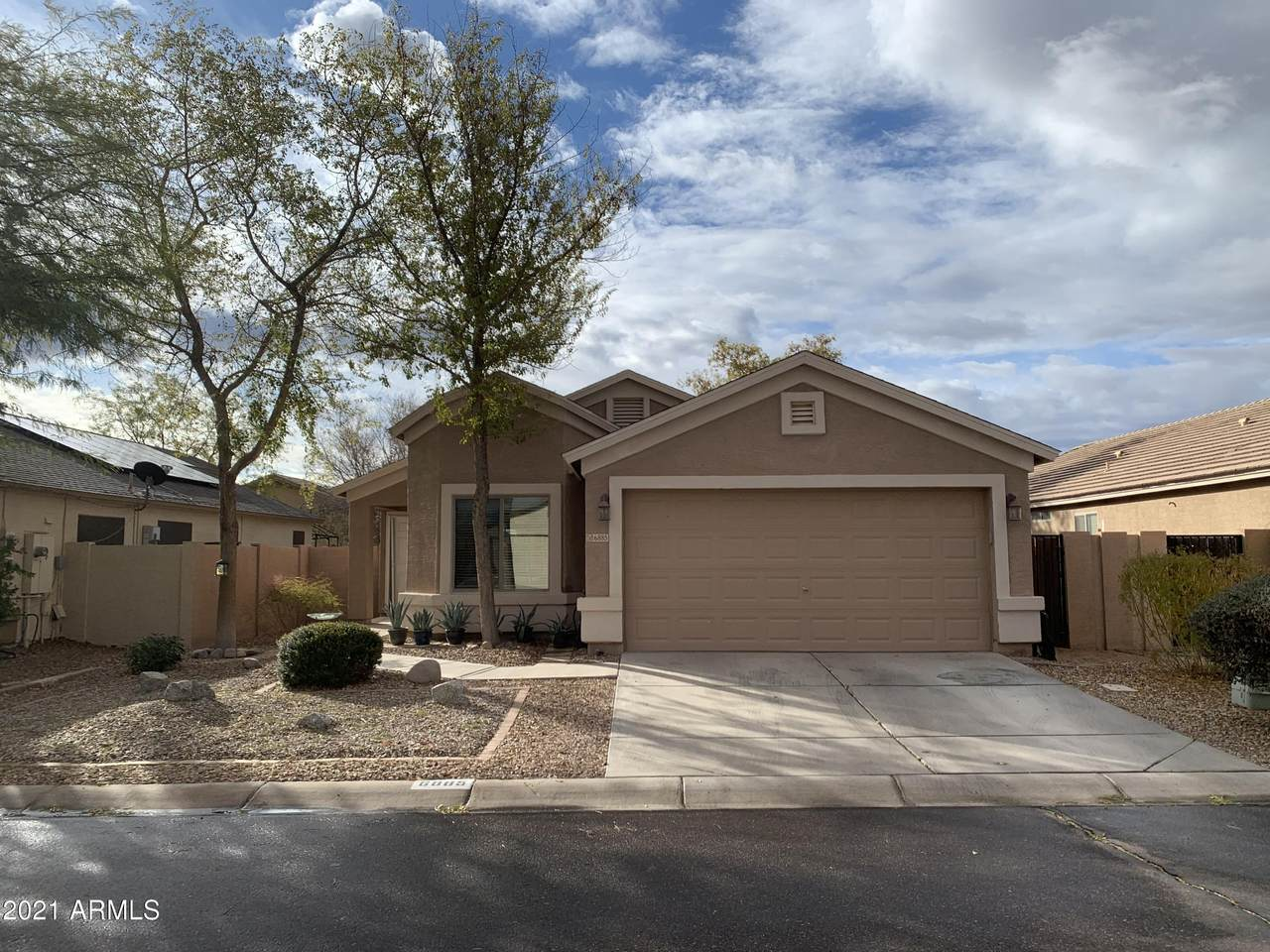 6885 San Tan Way - Photo 1