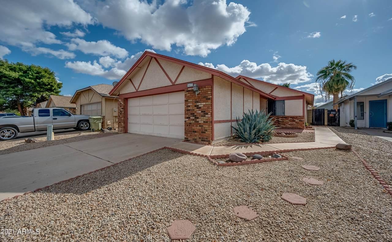 6411 Desert Cove Avenue - Photo 1