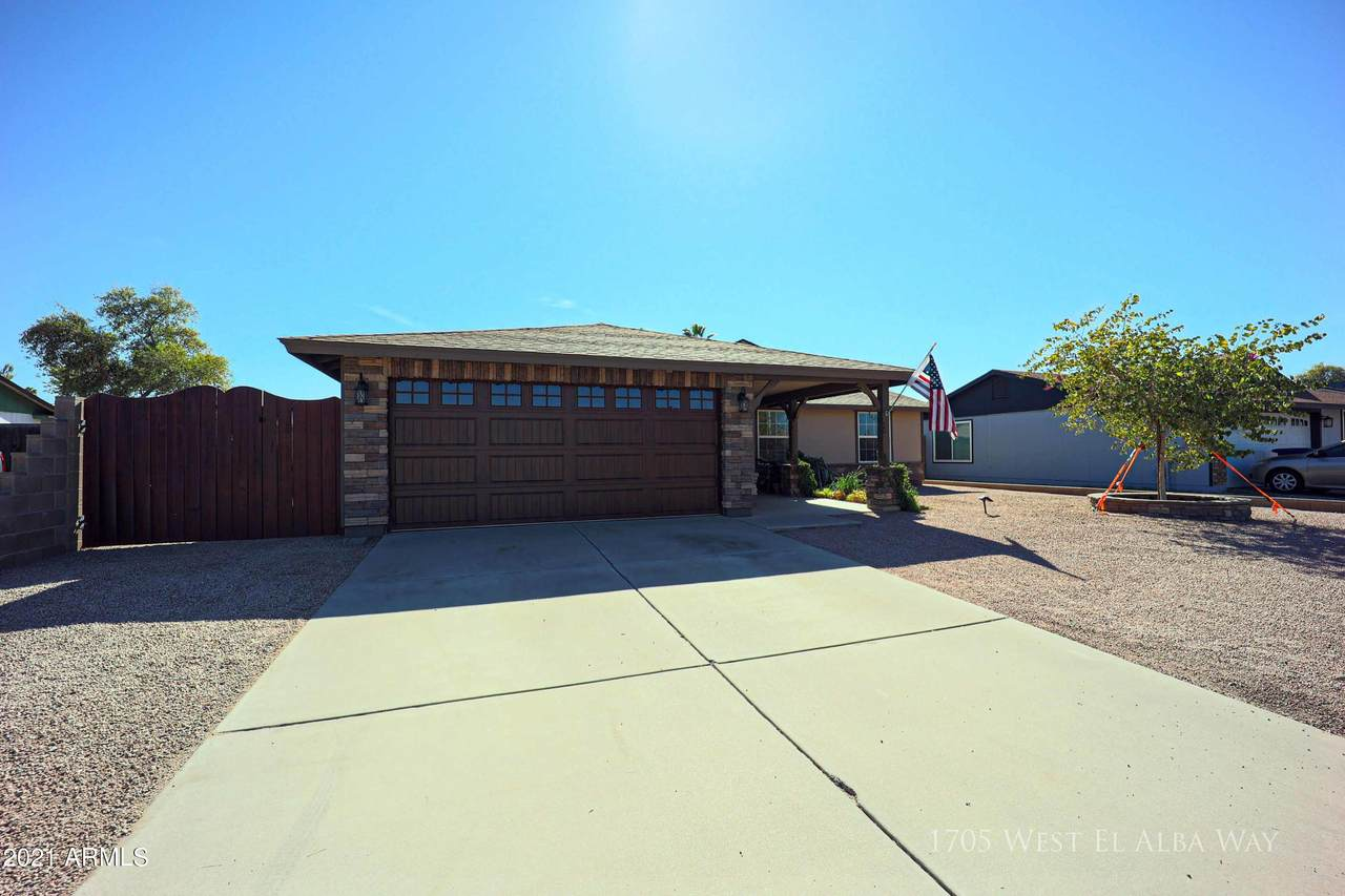 1705 El Alba Way - Photo 1