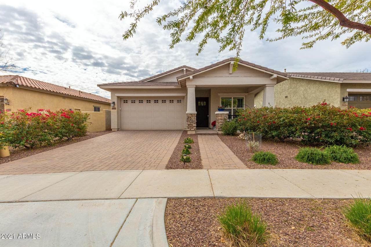 20615 Nelson Place - Photo 1