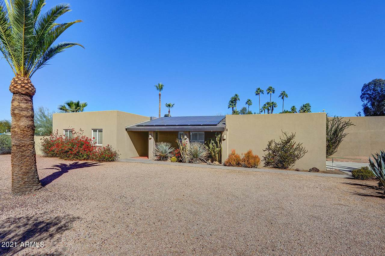 7032 Cactus Road - Photo 1