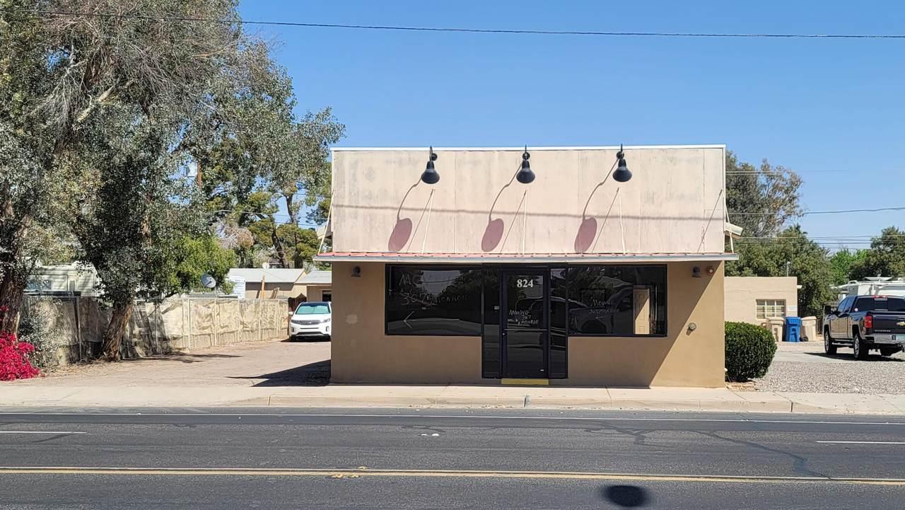 824 Monroe Avenue - Photo 1