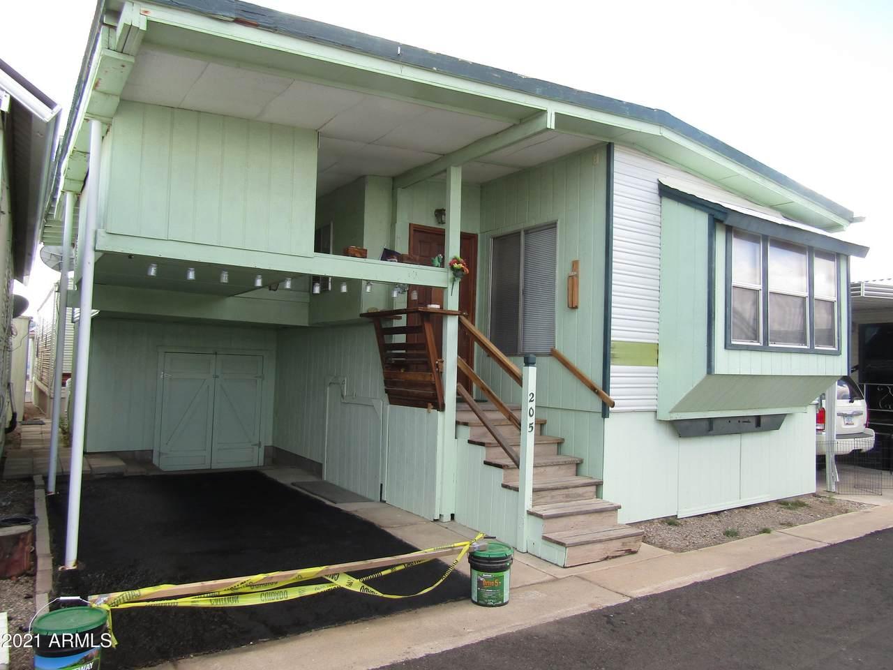 205 Mesa Drive - Photo 1