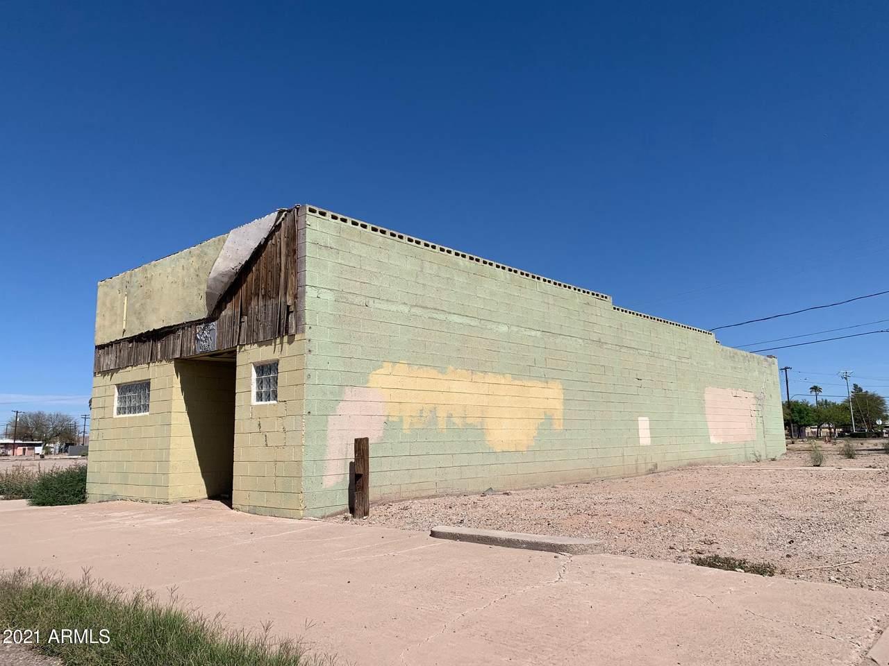 116 Frontier Street - Photo 1