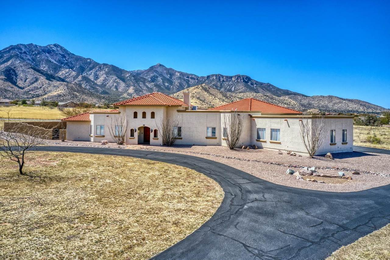 6027 Andalusian Court - Photo 1