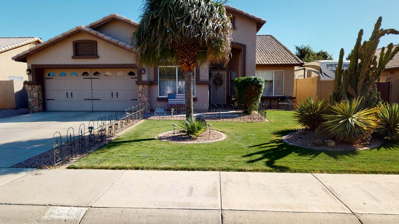8419 Shaw Butte Drive - Photo 1