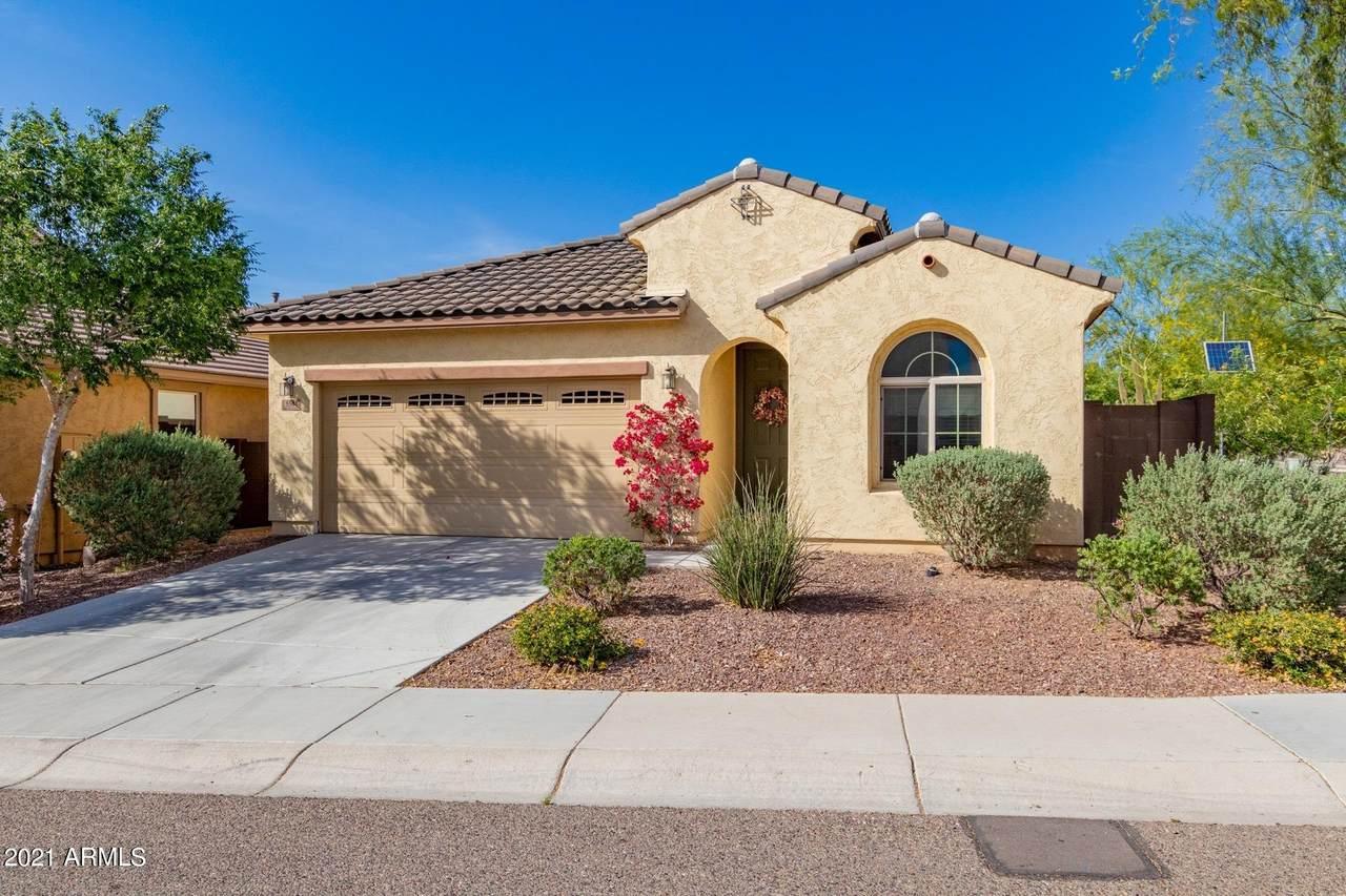 5504 Desert Hollow Drive - Photo 1