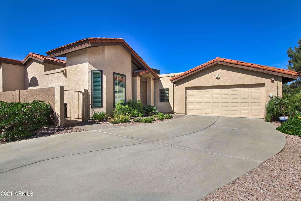 5533 Desert Hills Drive - Photo 1