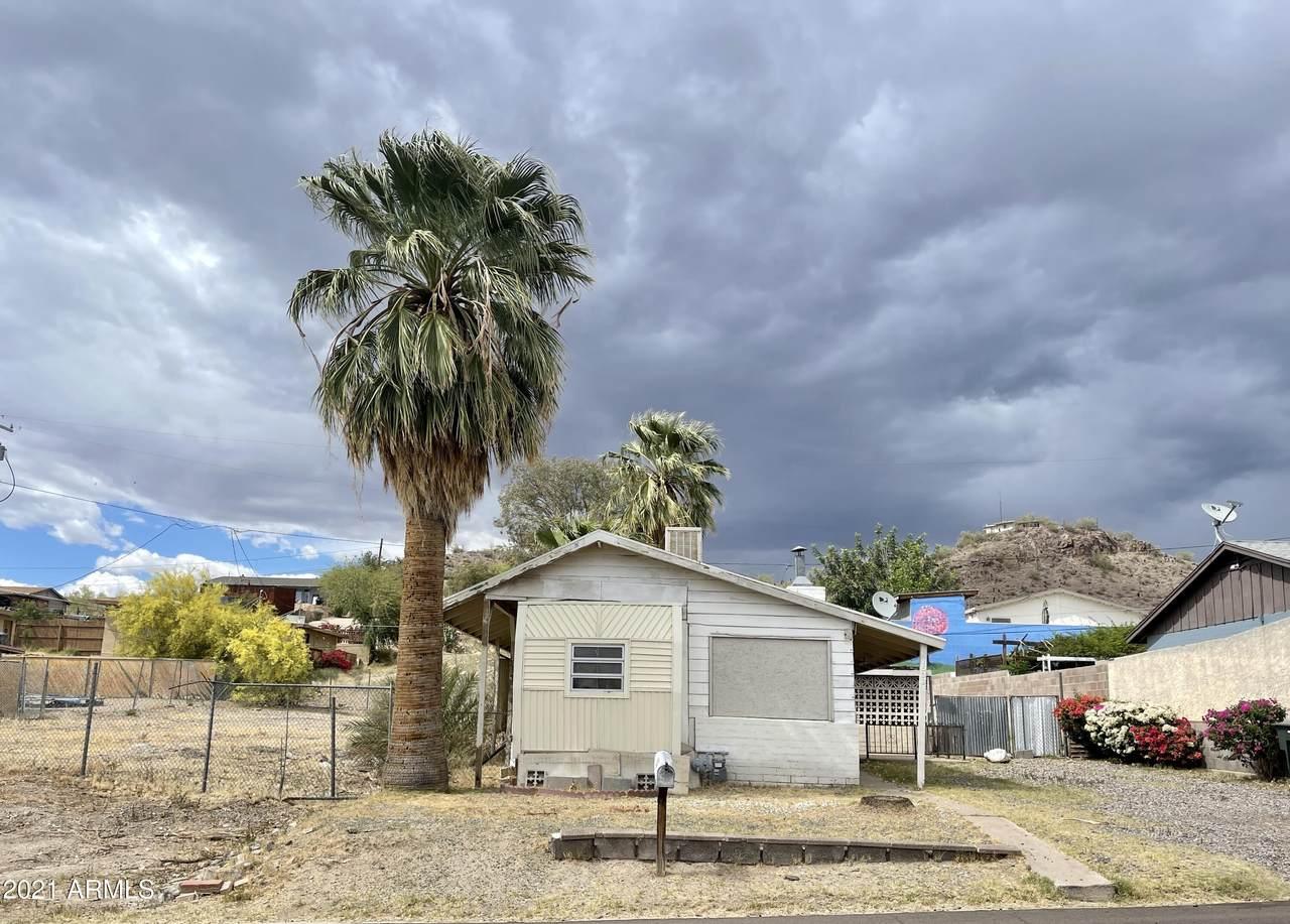 1538 Sierra Street - Photo 1