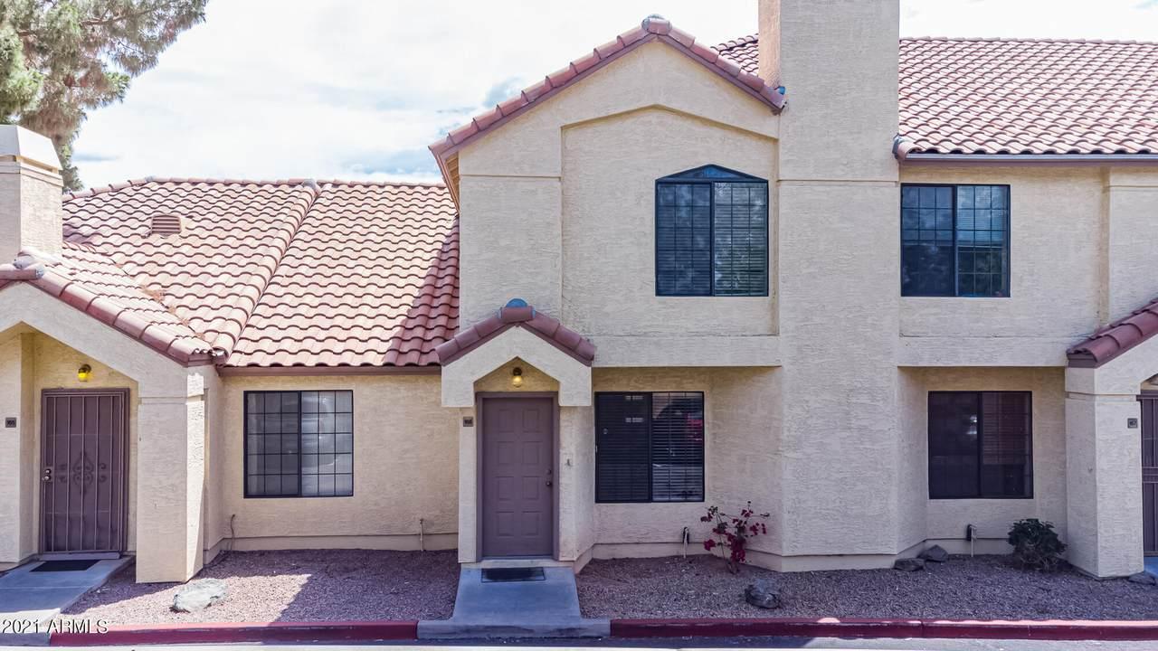 455 Mesa Drive - Photo 1