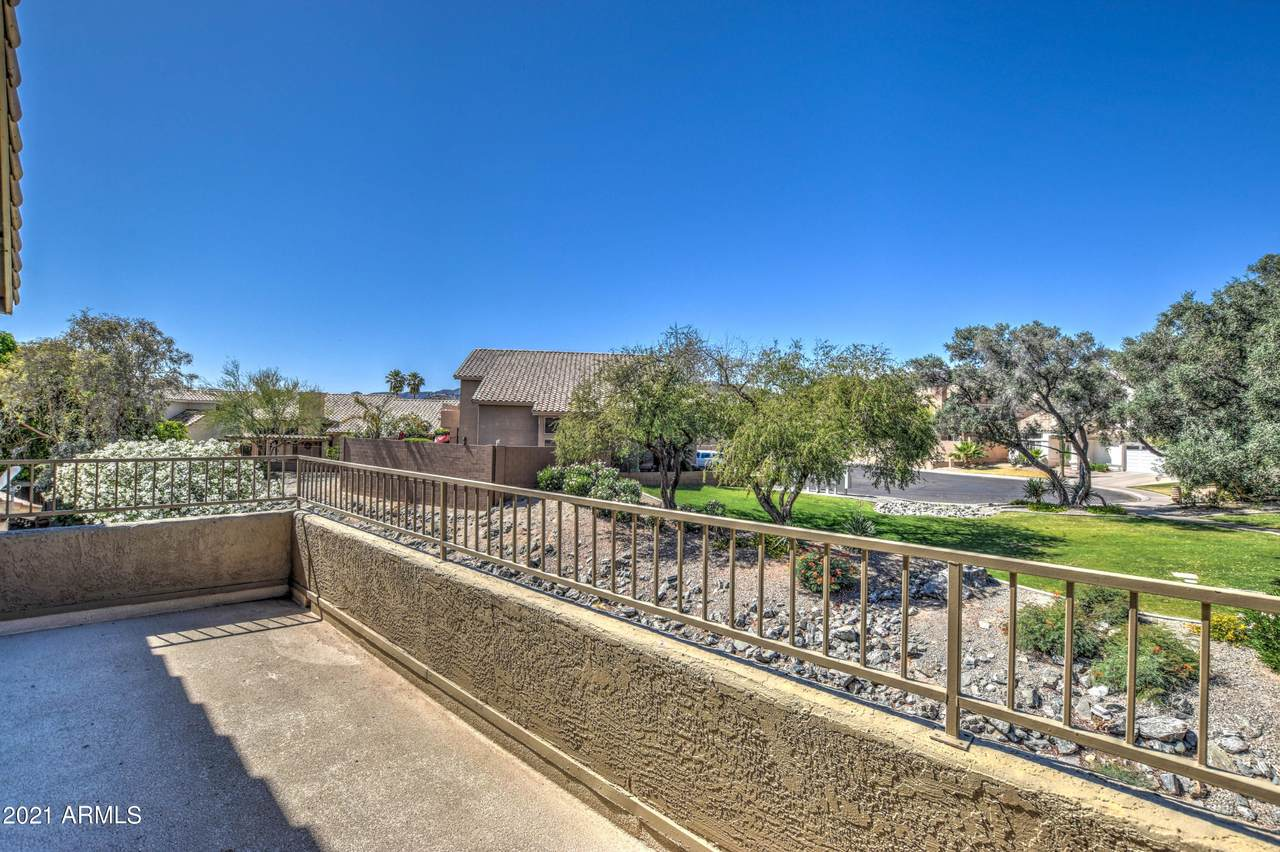 1328 Briarwood Terrace - Photo 1