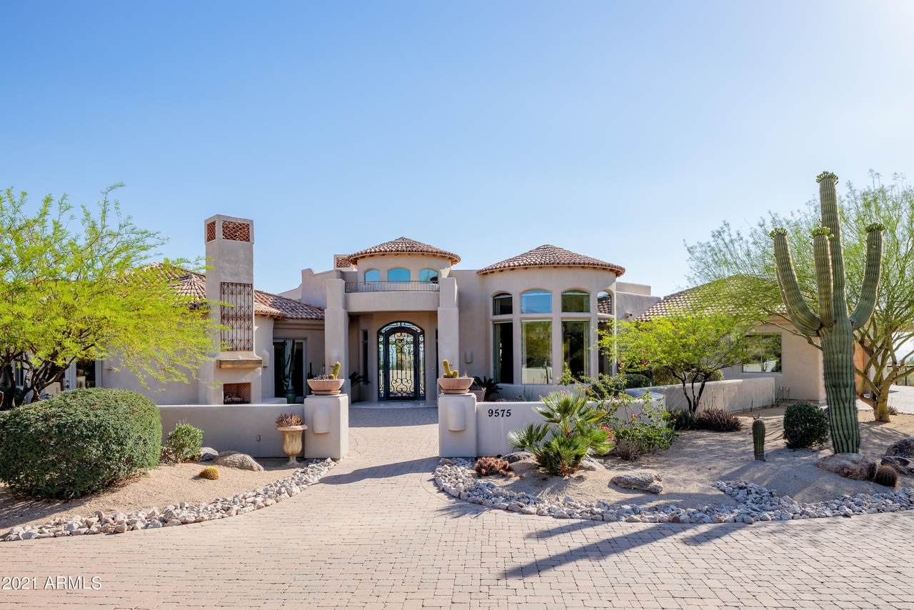 9575 Ranch Gate Road - Photo 1