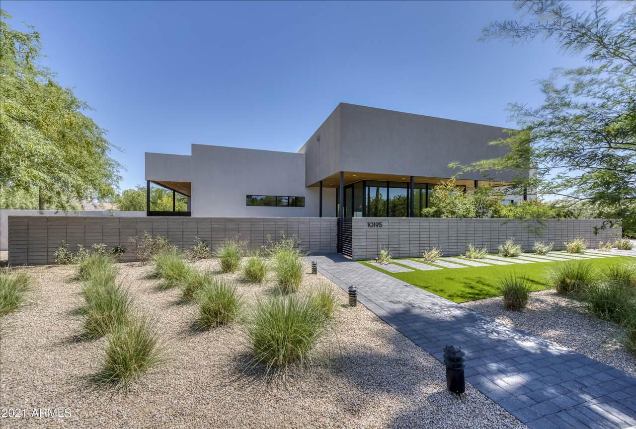 10195 Cactus Road - Photo 1