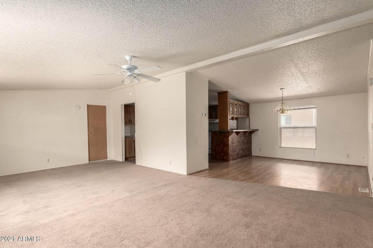8601 103RD Avenue - Photo 1