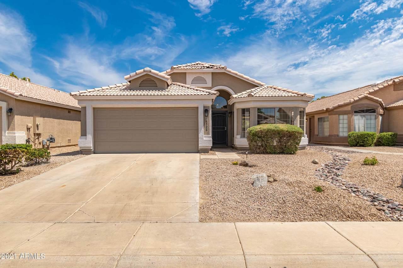 6528 Desert Hollow Drive - Photo 1
