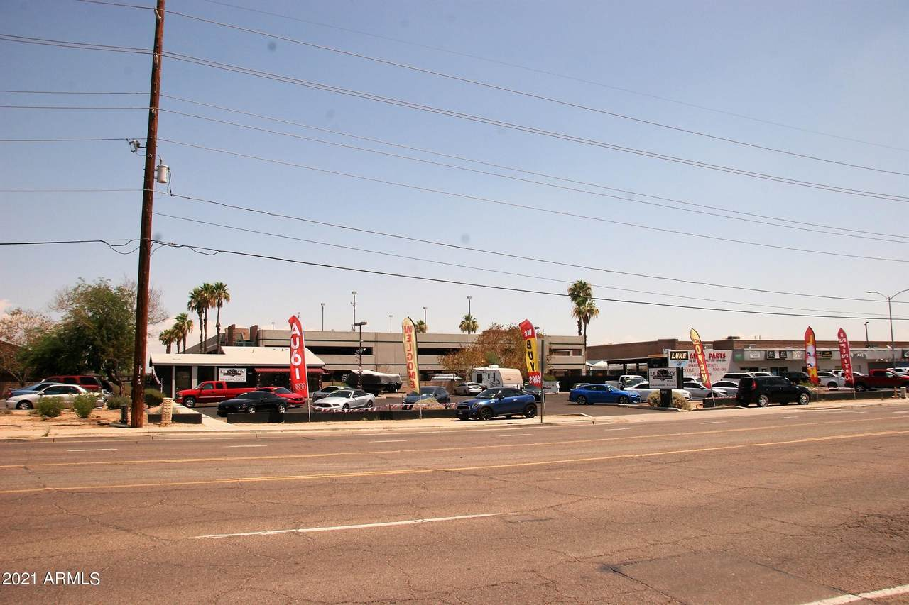 13812 Glendale Avenue - Photo 1