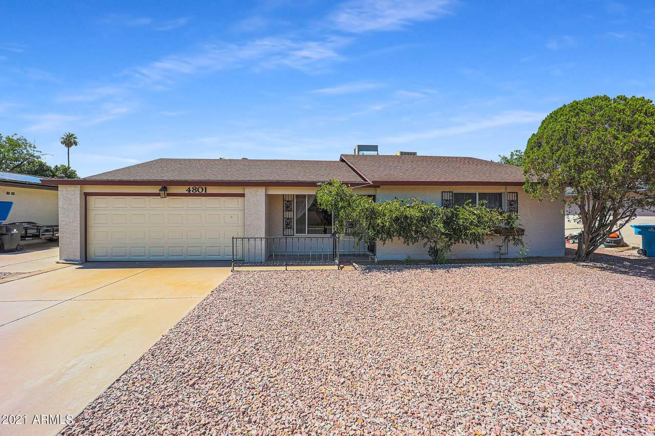 4801 Desert Hills Drive - Photo 1