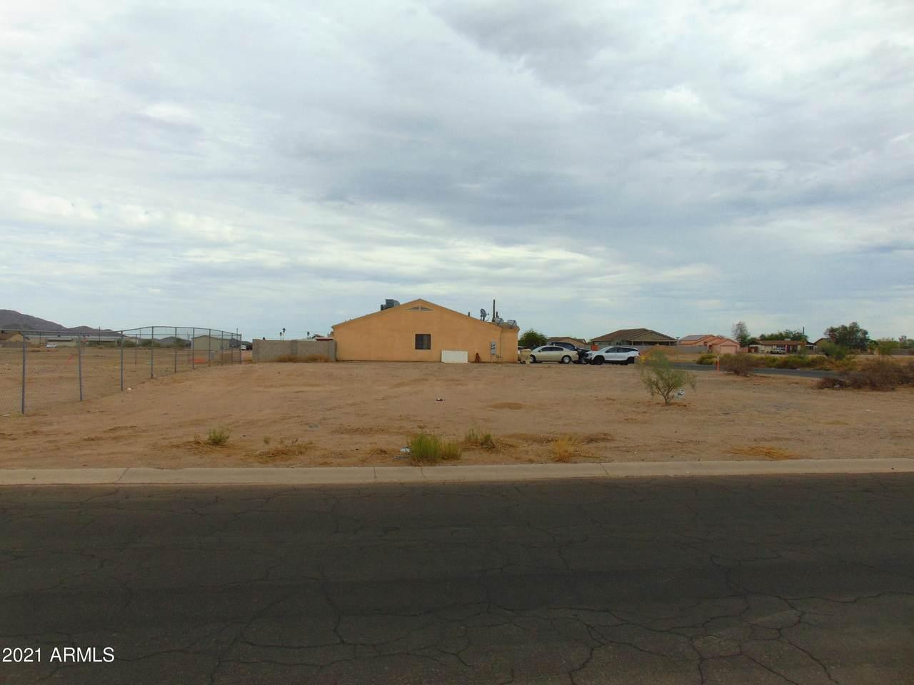 10424 Carousel Drive - Photo 1