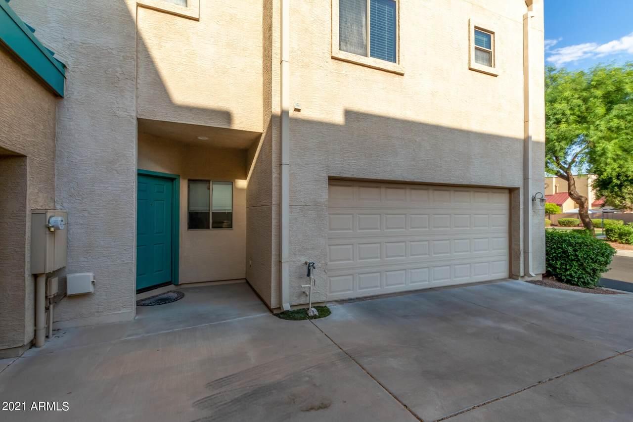 1015 Val Vista Drive - Photo 1