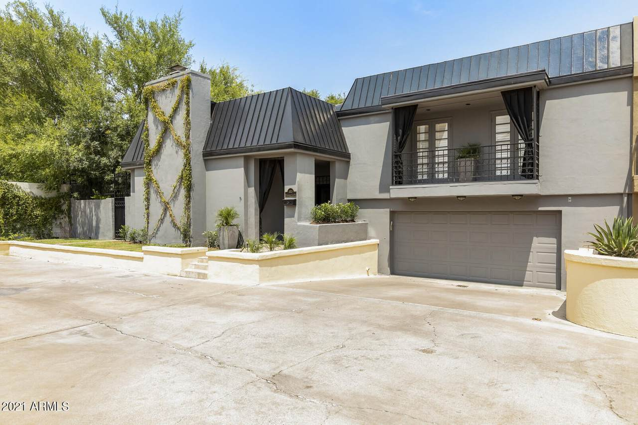 153 Country Club Drive - Photo 1
