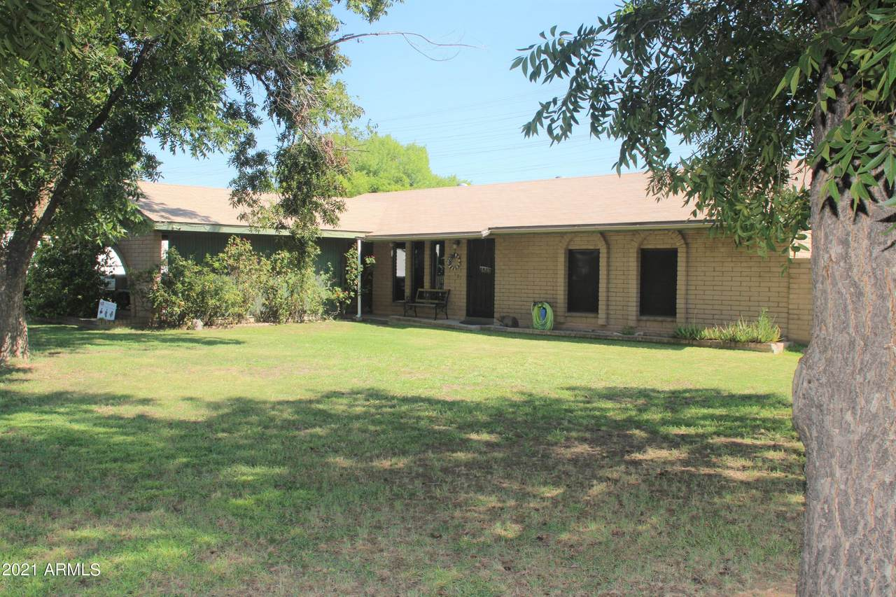 225 Campbell Road - Photo 1