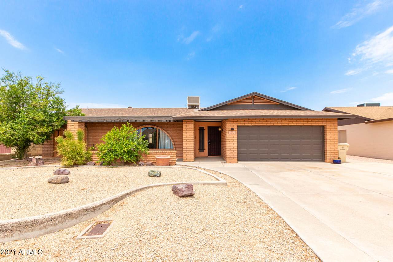 5124 Laurie Lane - Photo 1