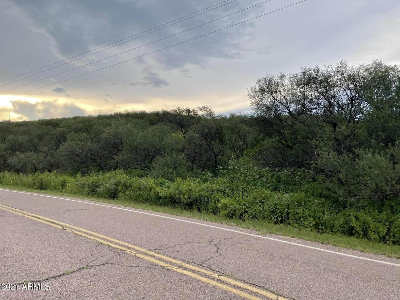 687 Peck Canyon Drive - Photo 1