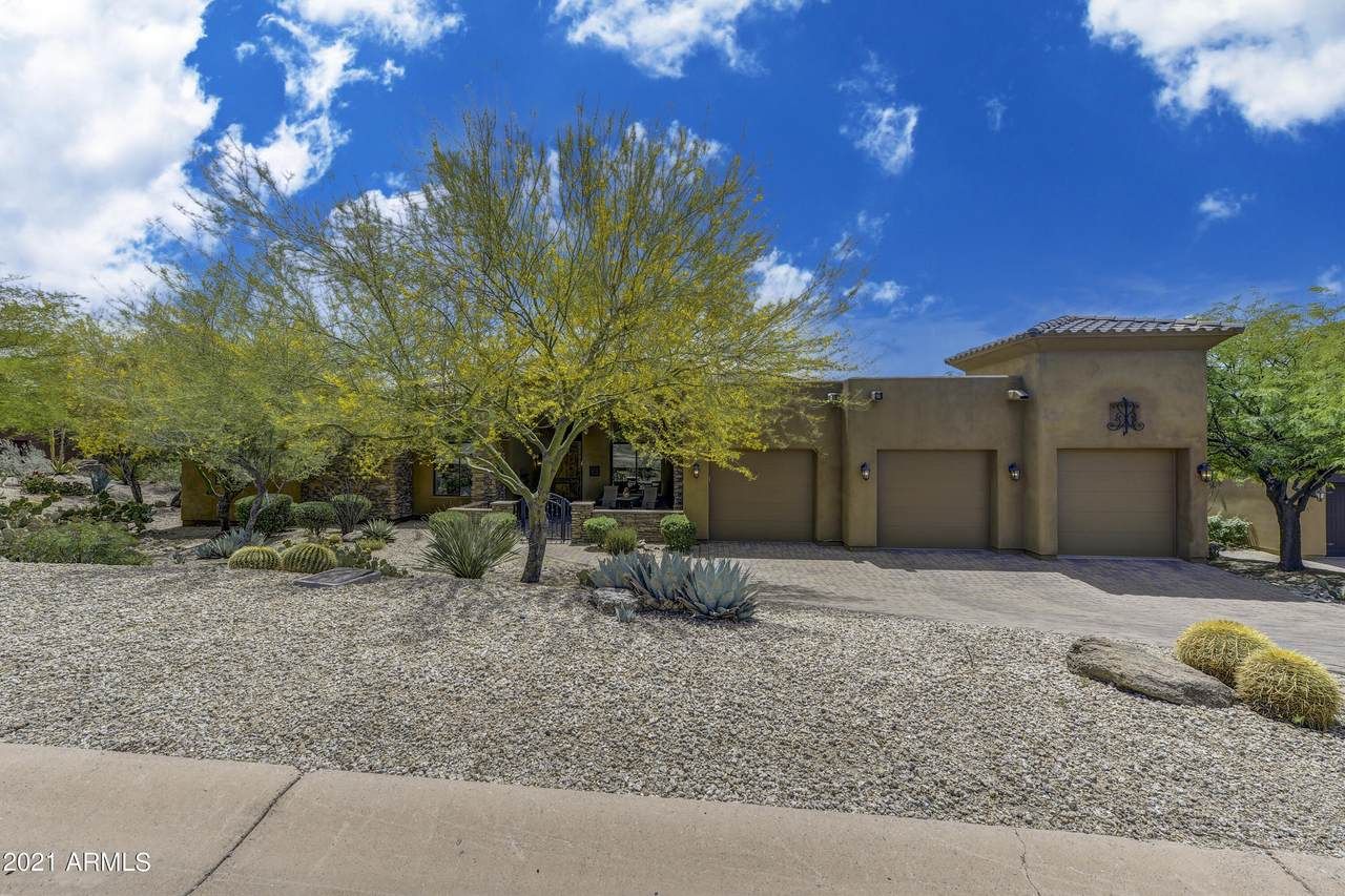 9957 Whitewing Drive - Photo 1