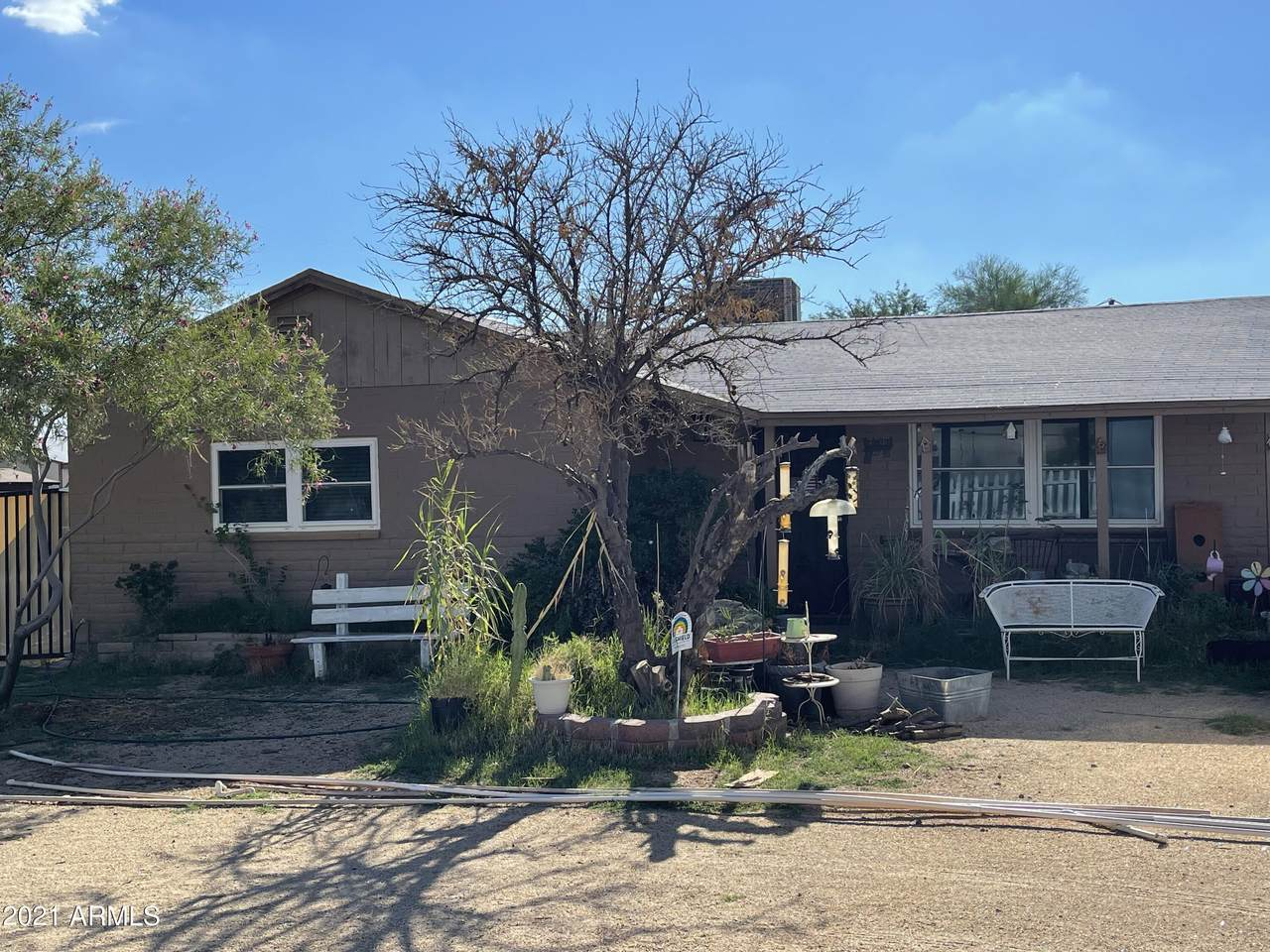 222 Signal Butte Road - Photo 1