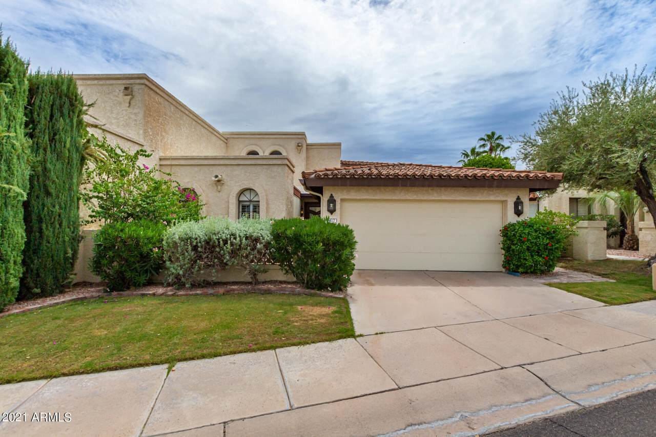4617 Valley View Drive - Photo 1